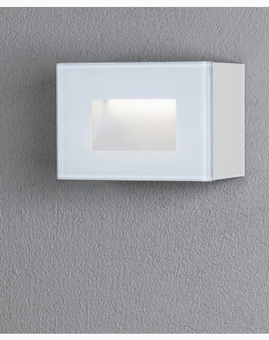 Konstsmide Chieri vägglykta 4W High Power LED kvadrat vit. 7862-250